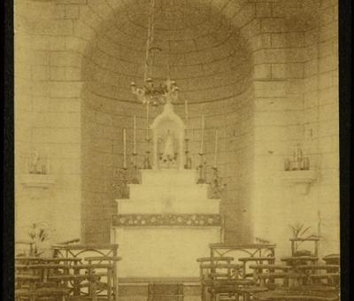 Interieur de la chapelle des Affliges debut 20e si