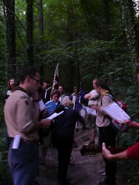 En route vers le caillou qui bique, 20 min à travers bois