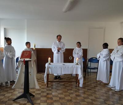 servants autel juillet19 4