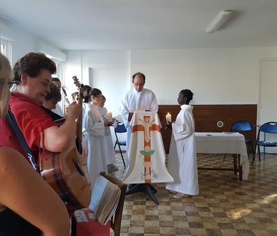 servants autel juillet19 5