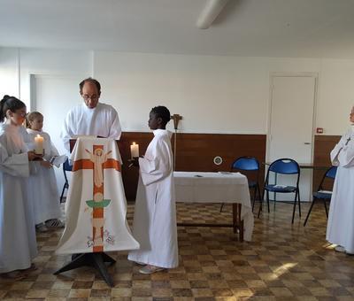 servants autel juillet19 6
