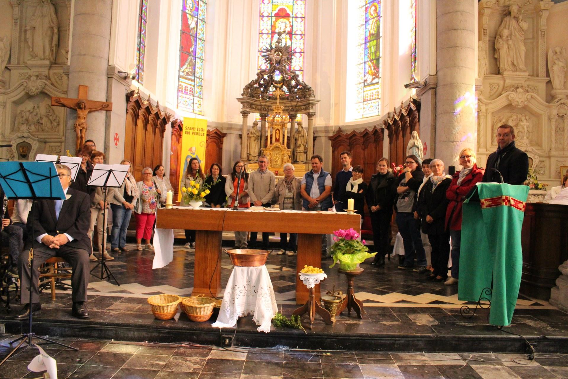 l'abbé invite les catéchistes ....