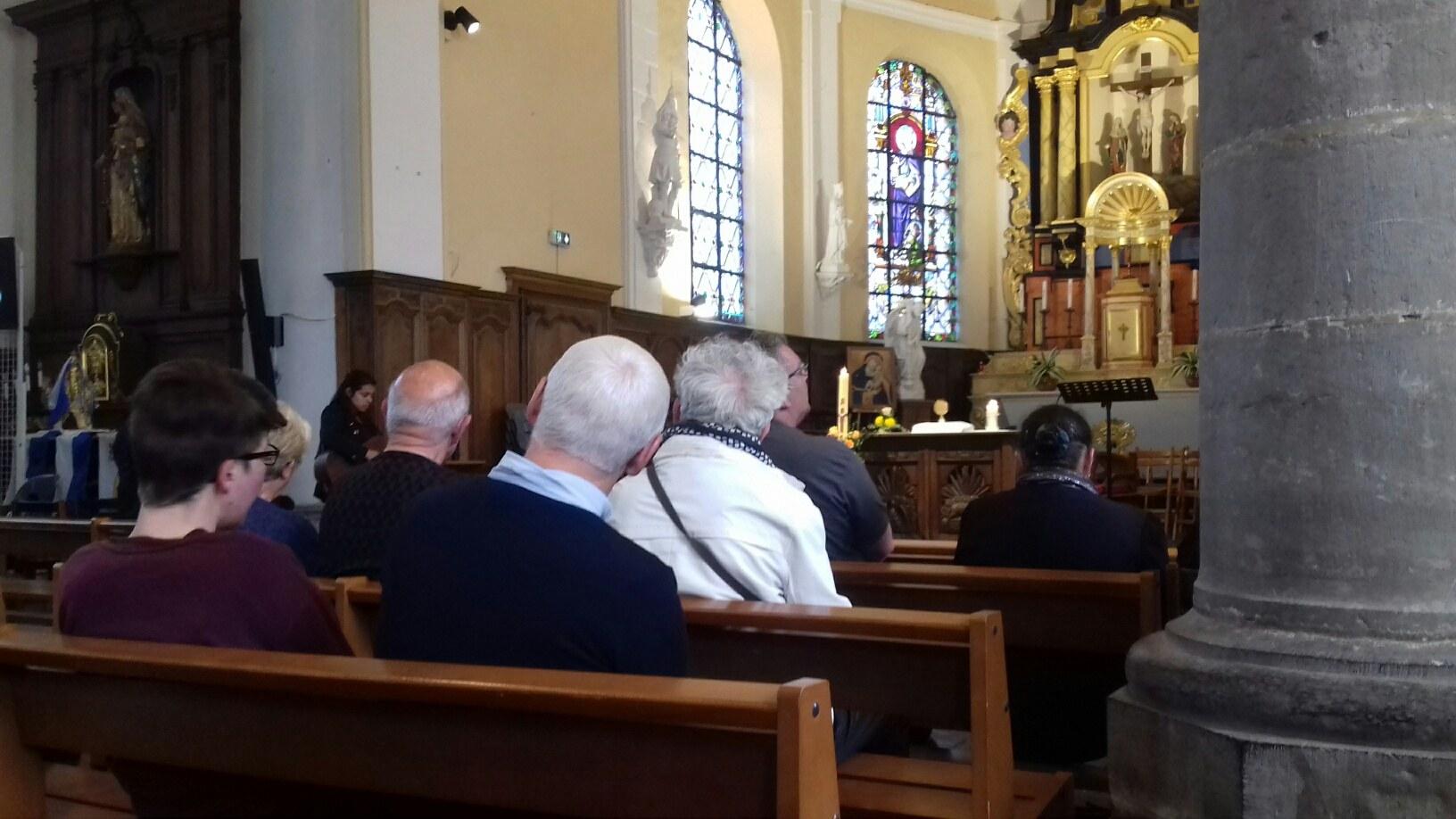 Adoration avec la communaute PALABRA VIVA