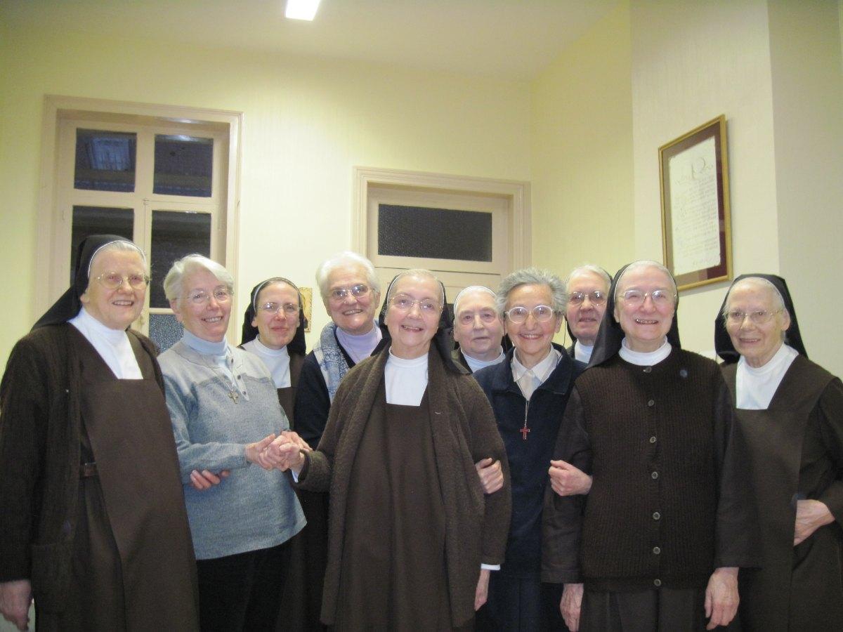 Avec les Soeurs missionnaires italiennes MONTIGNY