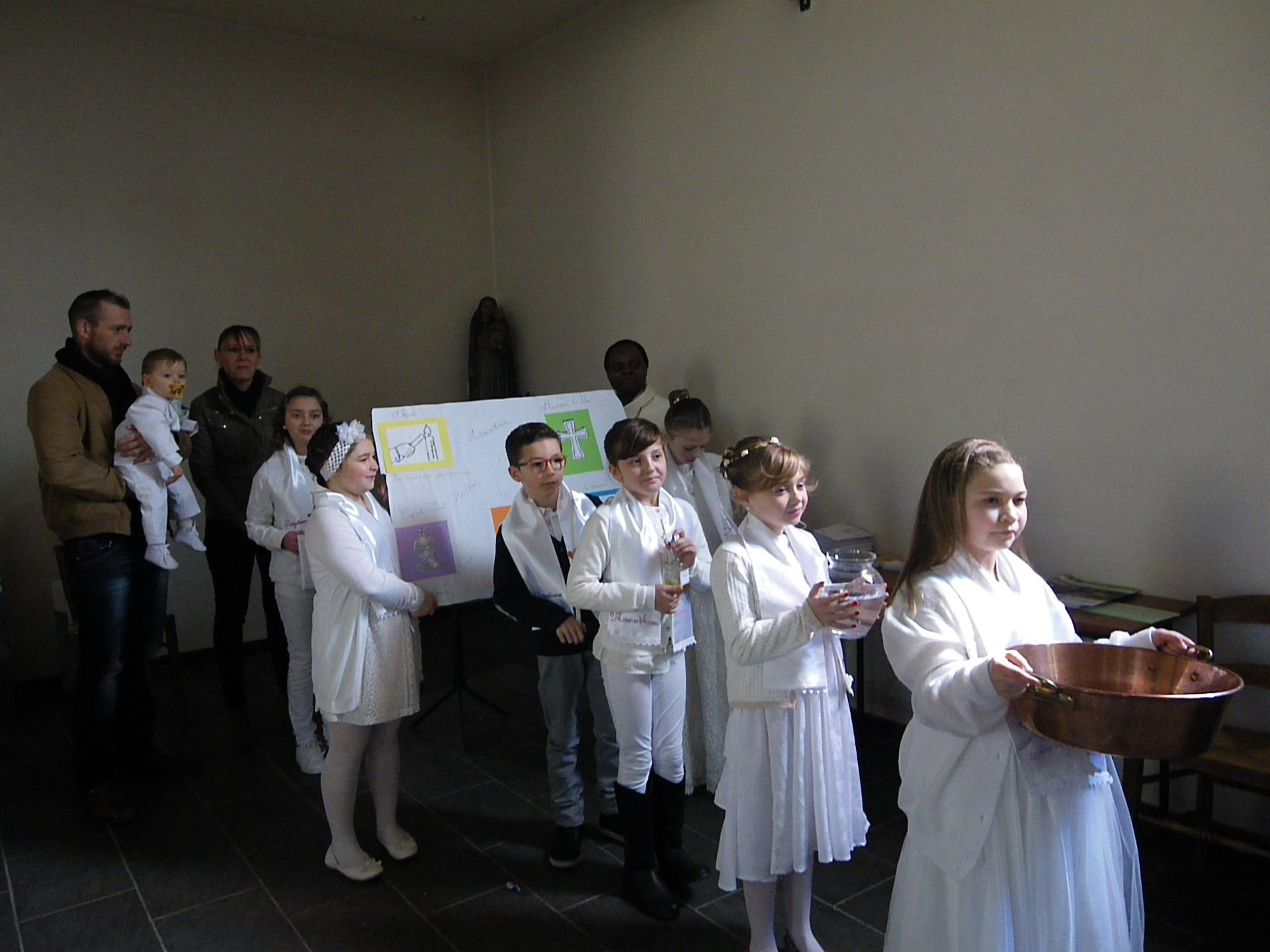baptêmes d'enfants du catéchisme