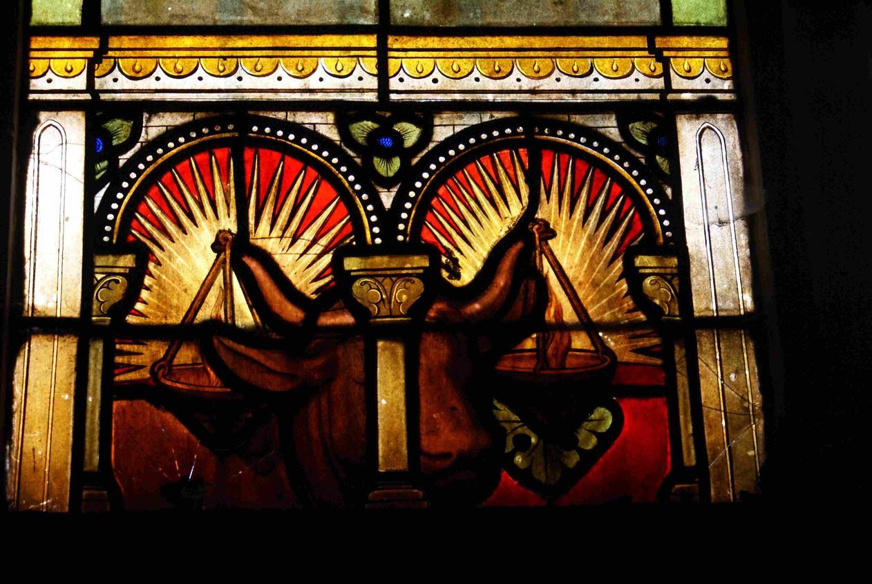L'un des attribut de St Saulve Verrière de droite