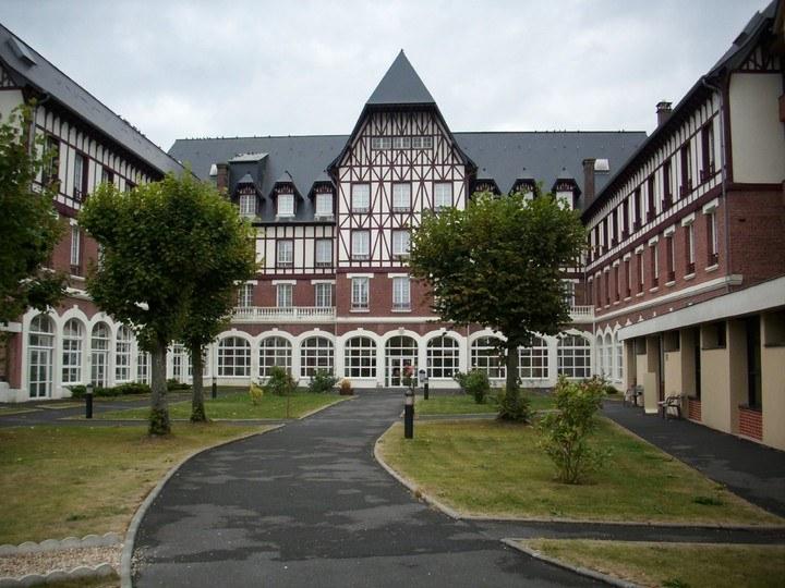 C1_Ermitage-lisieux