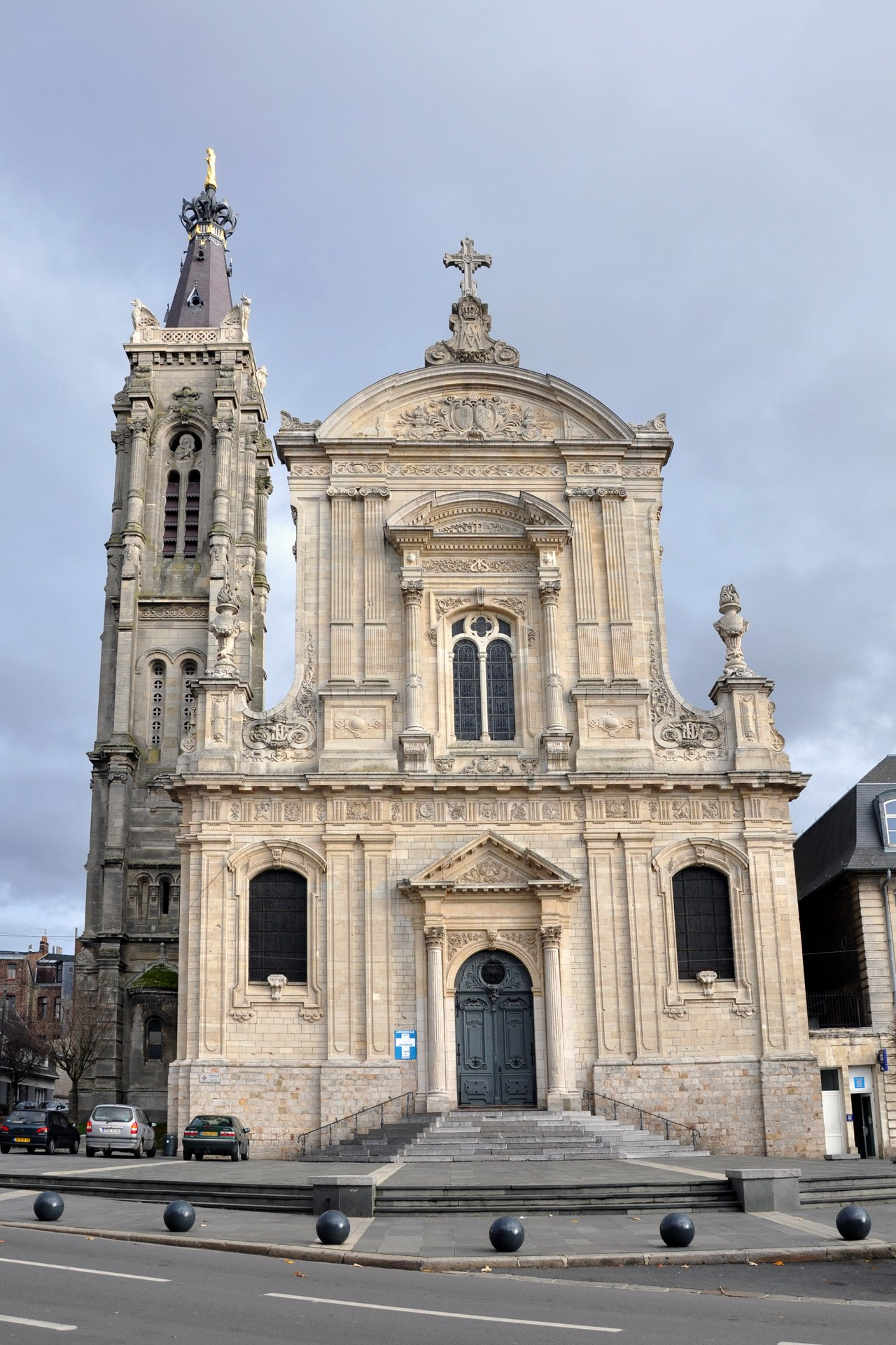Cambrai_Cathedrale_21_11_09_01