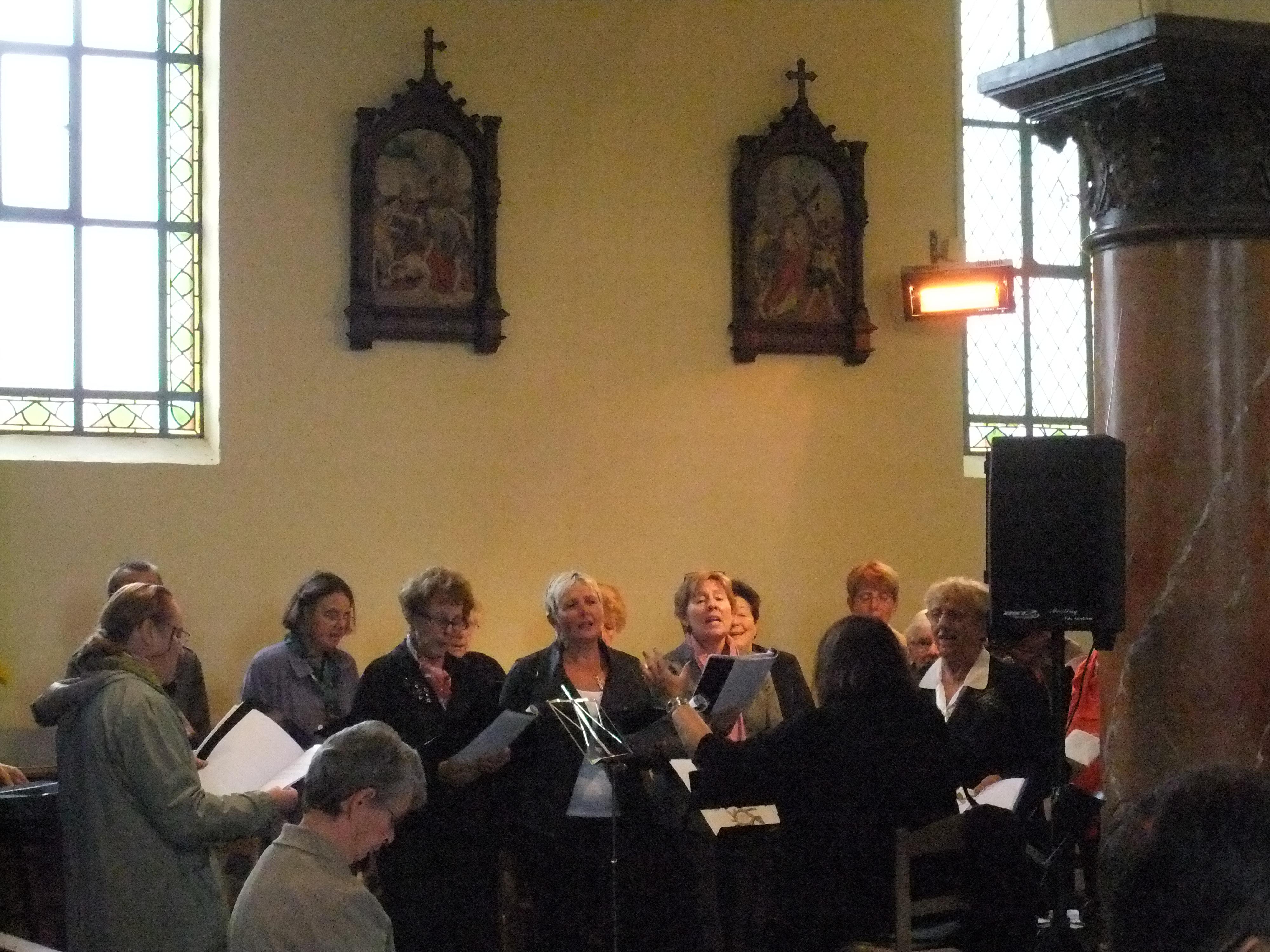 La chorale Les Copains des Bords lors de la Messe pour Saint Maurice et ses Compagnons
