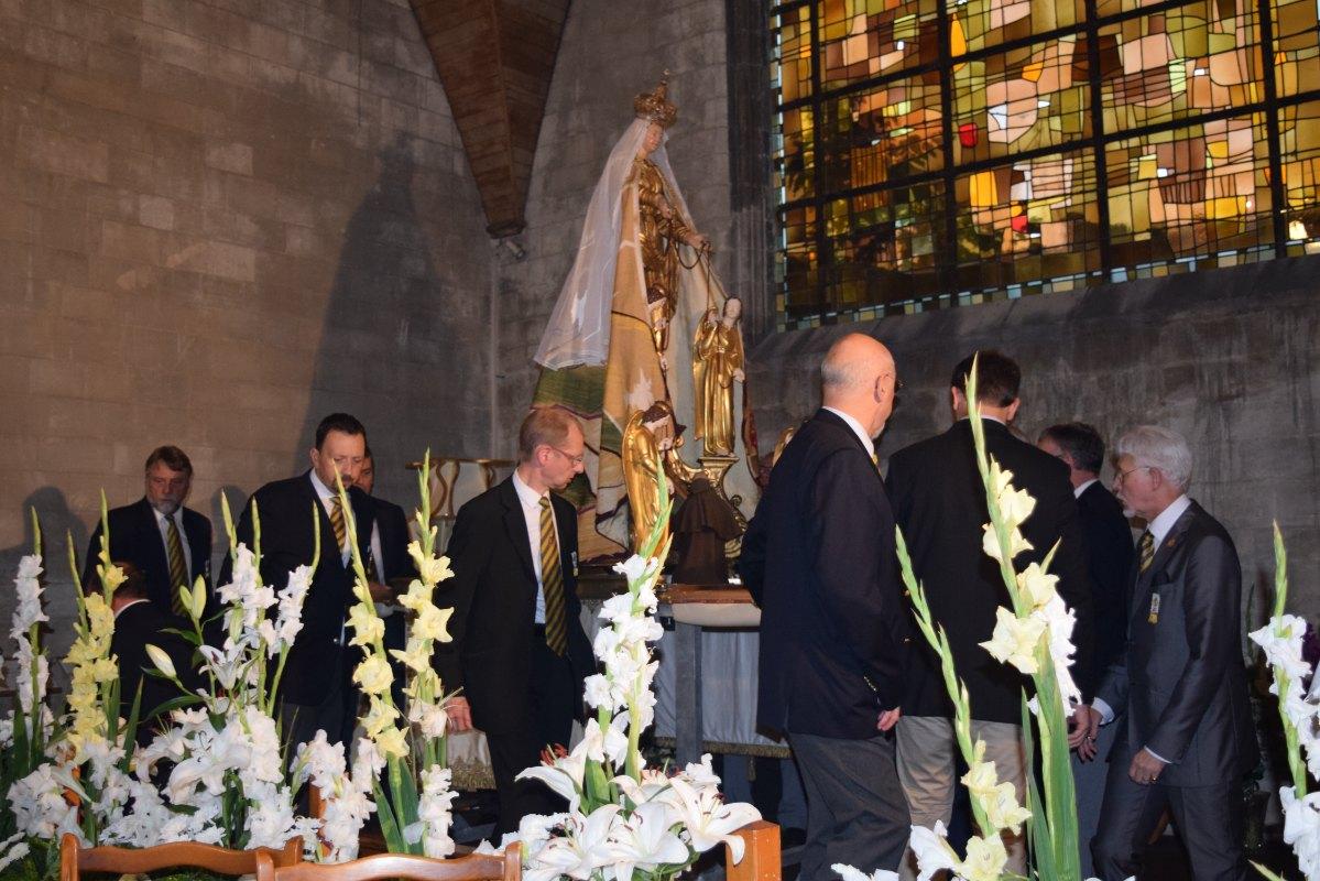 Clôture de la Neuvaine et synode provincial 9