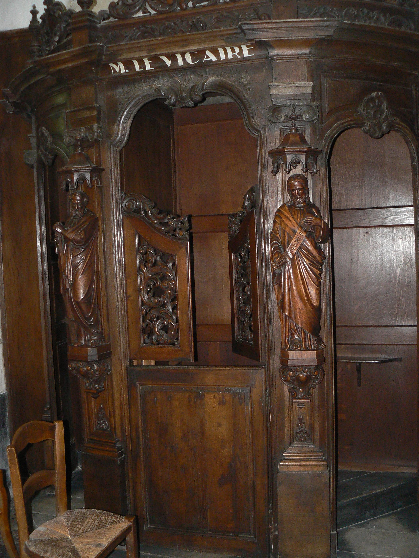 confessionnal à l'église St Wasnon