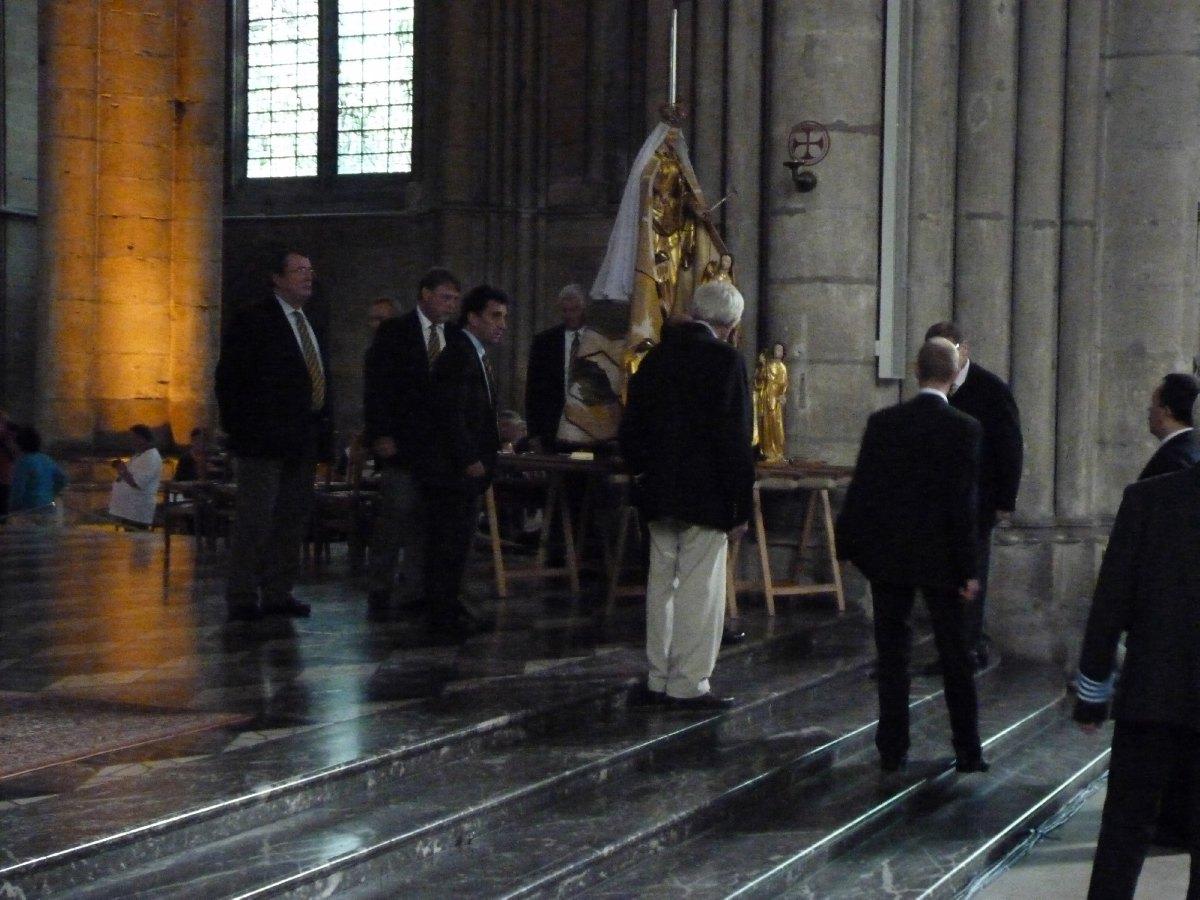 ND ST Cordon à Reims (2).JPG