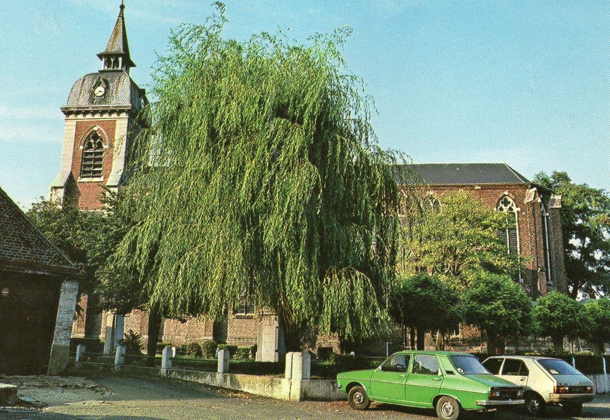 église et square années 70