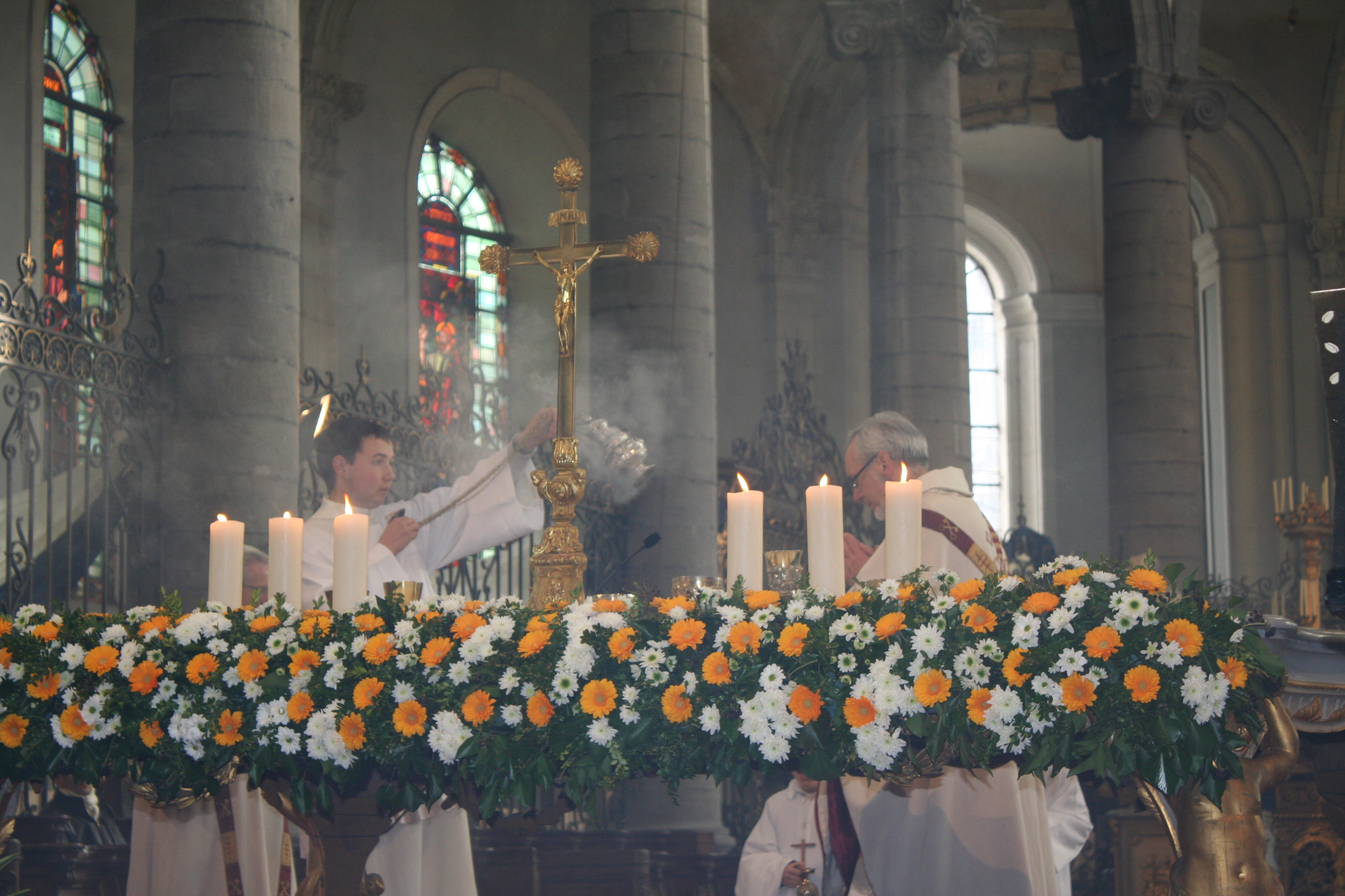 Encensement du prêtre