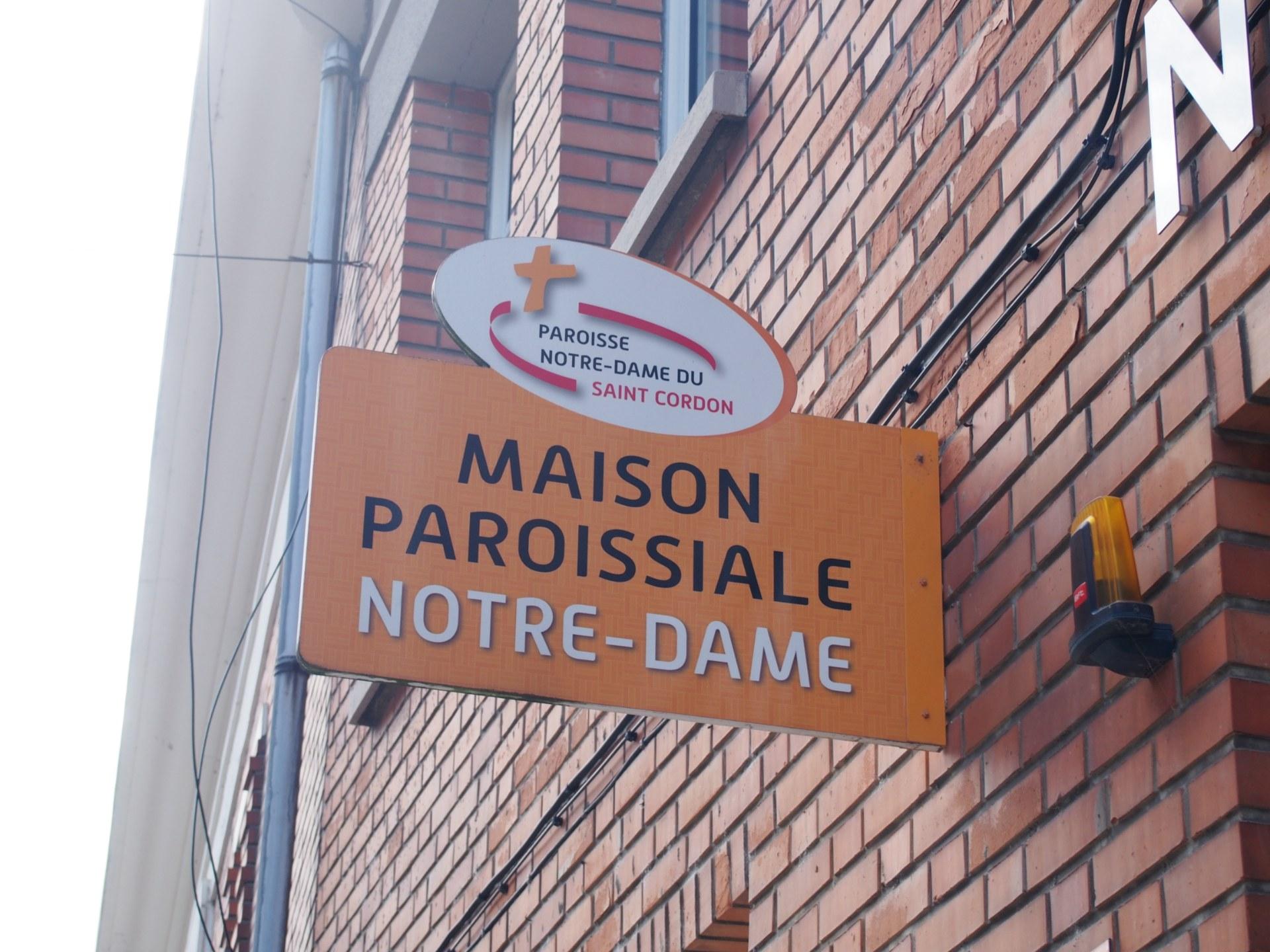 Enseigne maison paroissiale Notre Dame du Saint Co