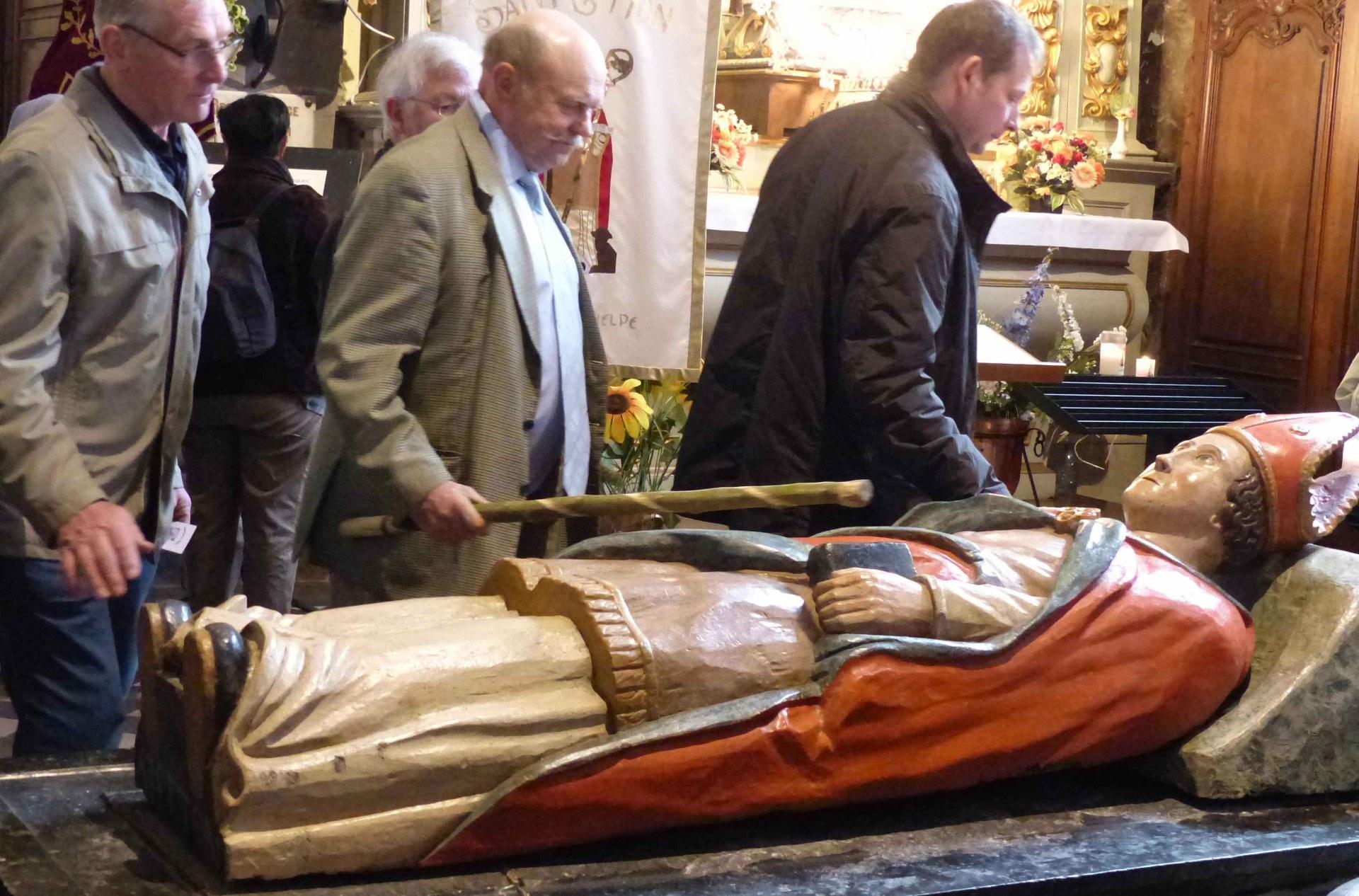 Saint Etton, Bon Pasteur pour votre peuple Priez pour nous !