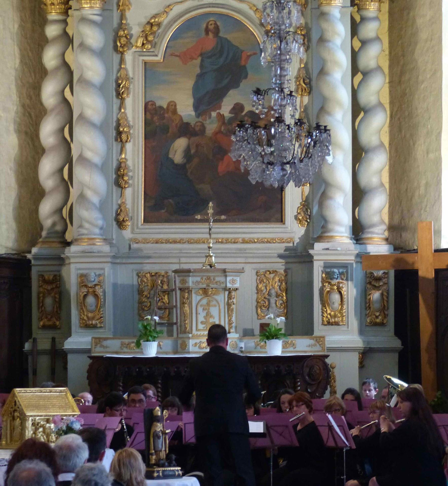 Après la messe, le concert traditionel de l'harmonie de Dompierre