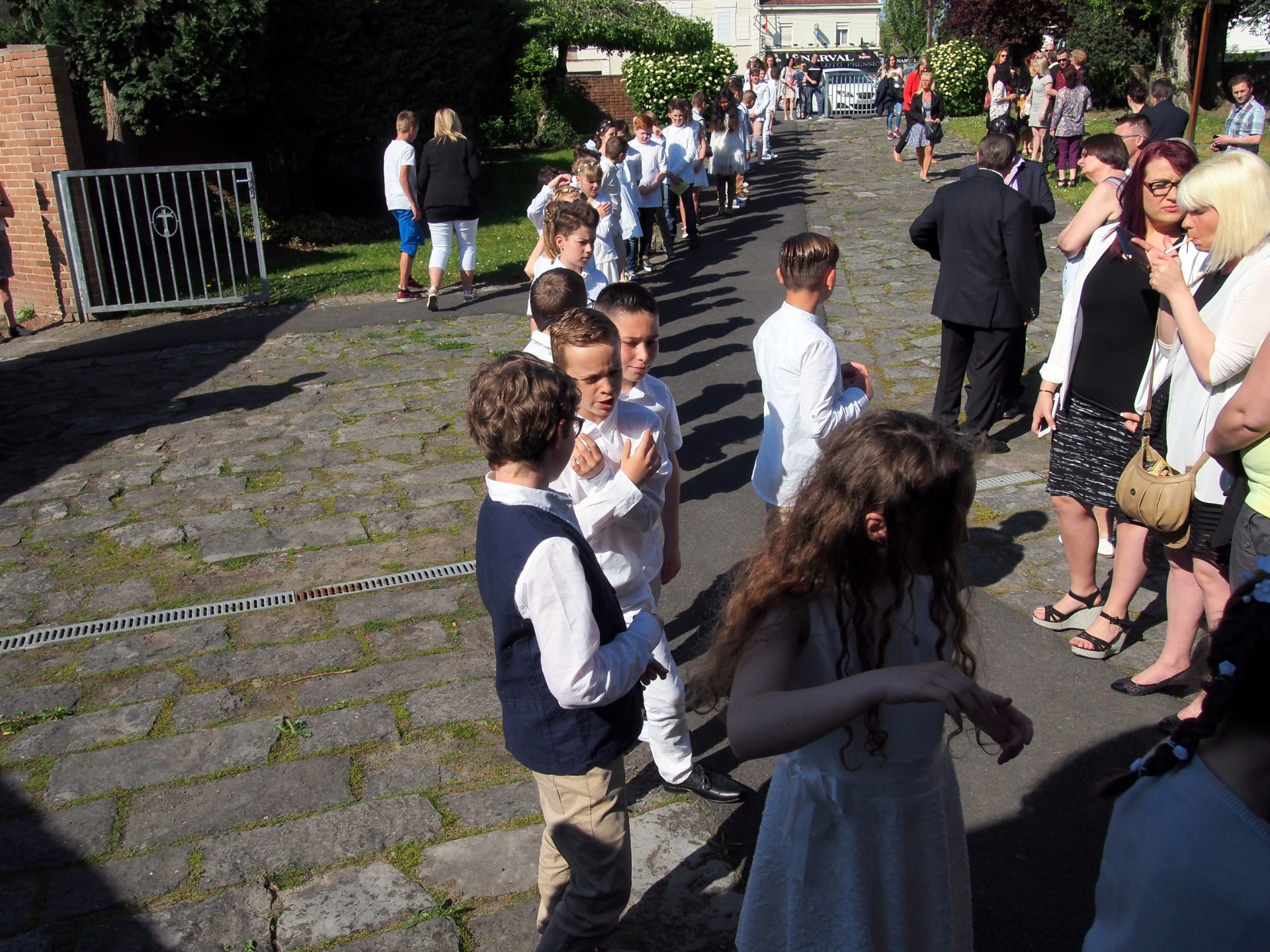 Entrée des enfants en procession