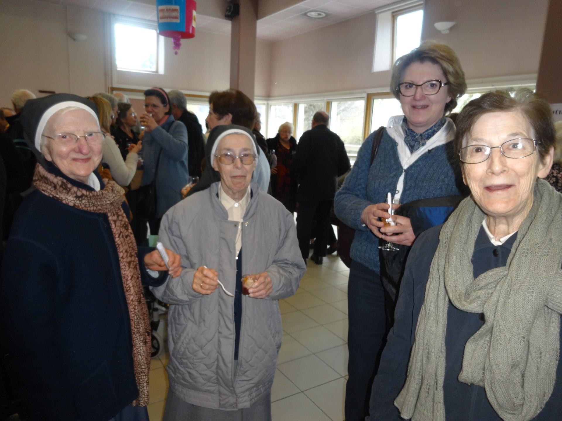 Sœurs hospitalières du Sacré Cœur de Jésus