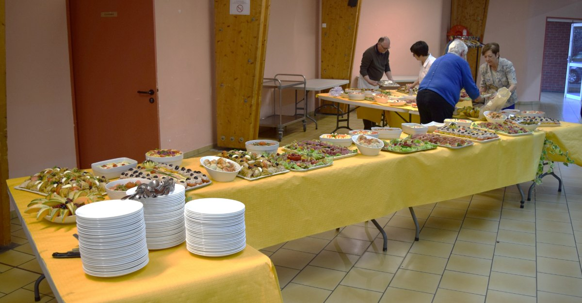 grand buffet d'anniversaire - 1