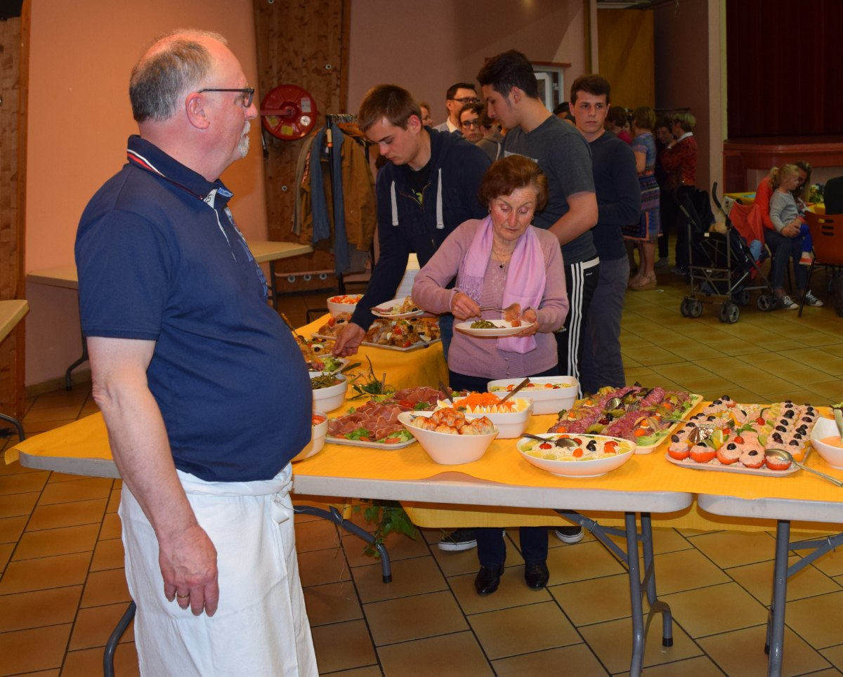 grand buffet d'anniversaire - 9