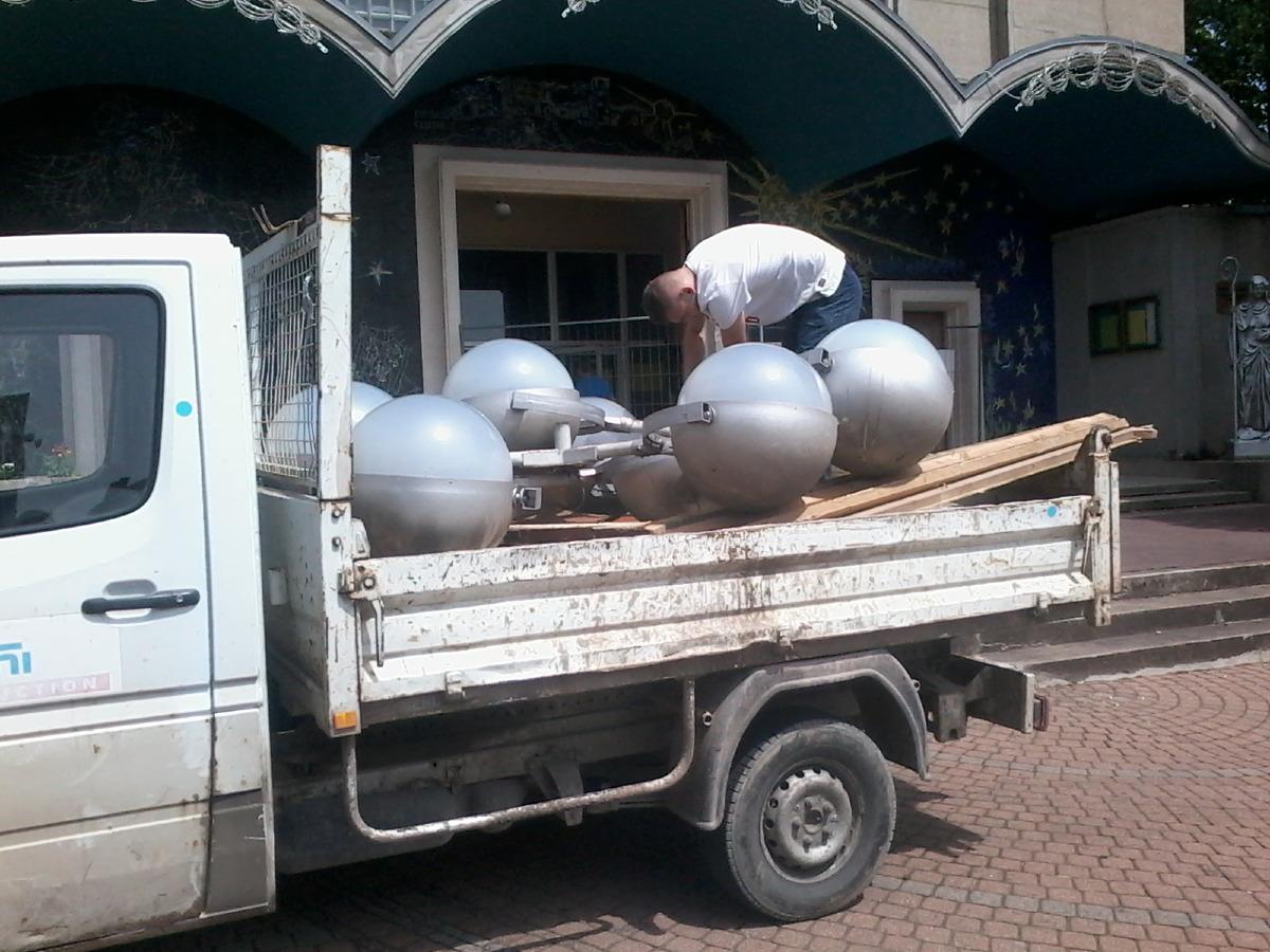 Ces grosses boules nous ont longtemps apportés de la lumière. L'heure de la retraite a sonné.