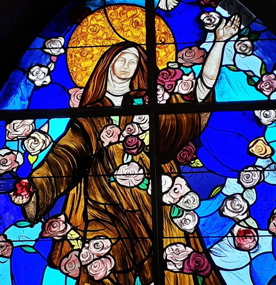 vitraux Ste Thérèse 5