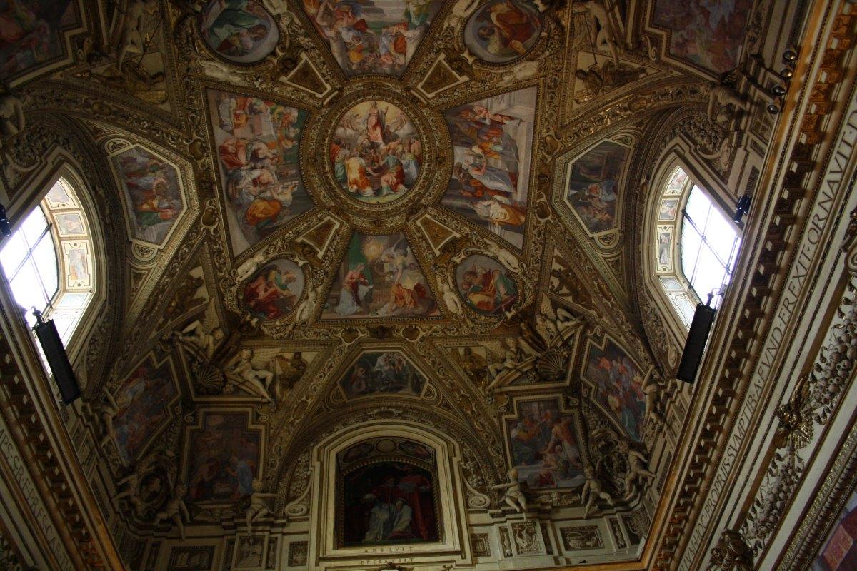 L'intérieur de la Basilique Ste Marie in Trastavere