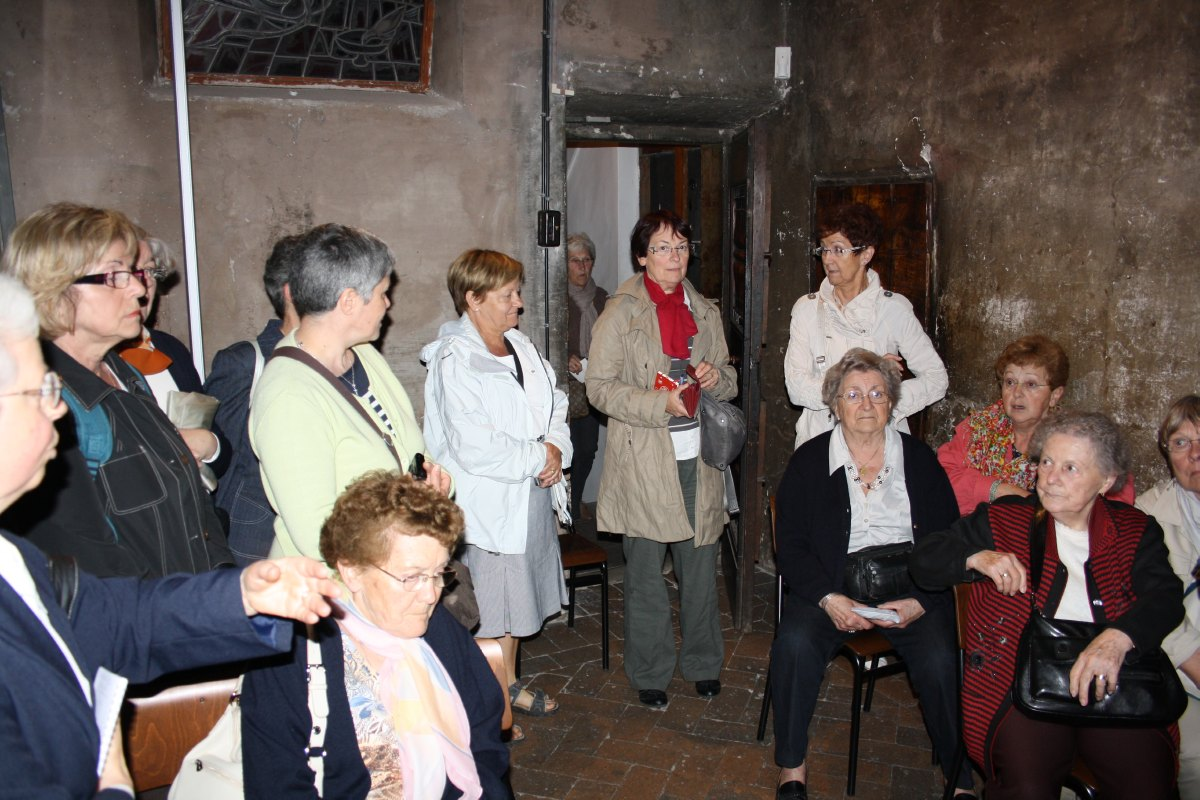 Visite de la petite chambre où séjournait st François d'Assise quand il venait à Rome