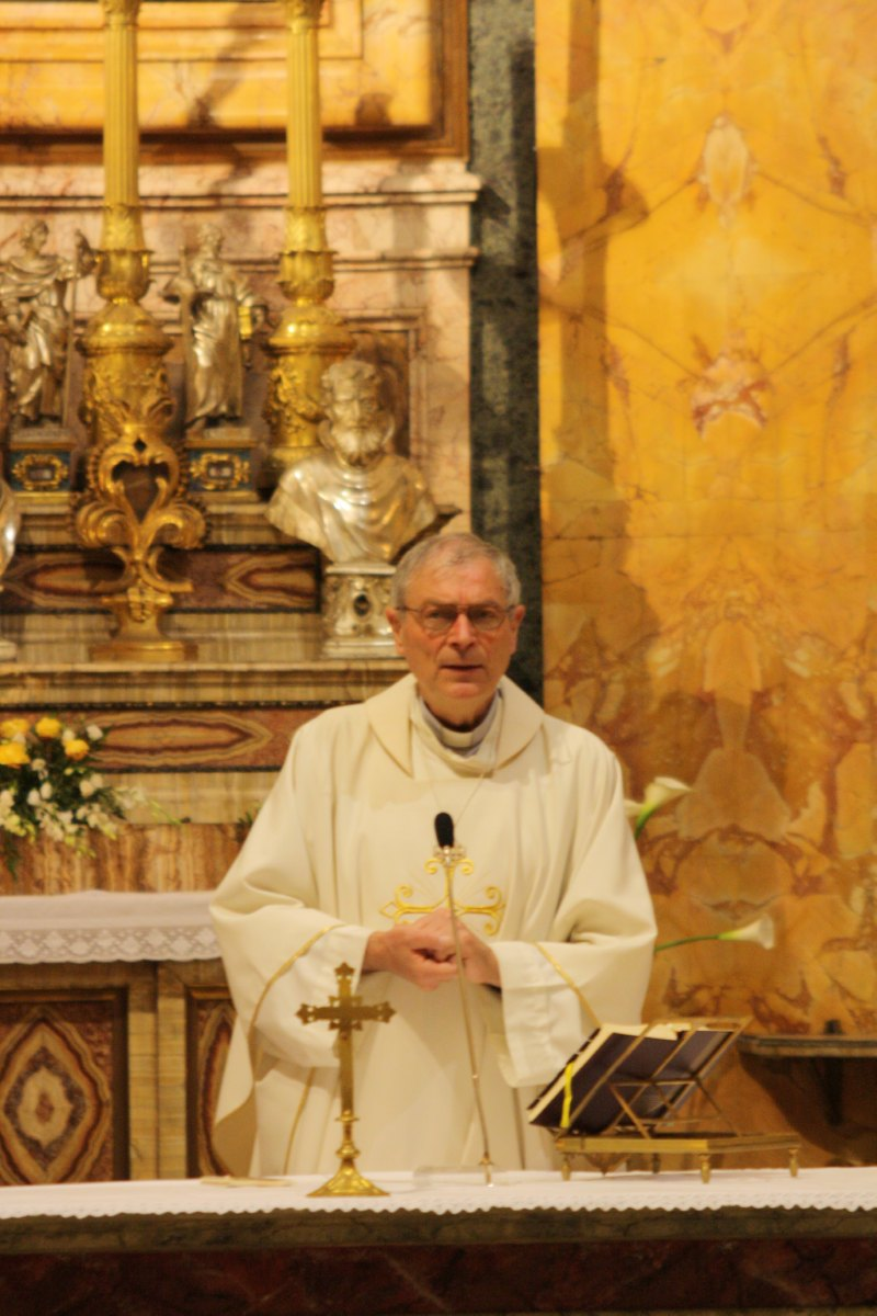 Mgr Denis Lecompte à St Louis des Français