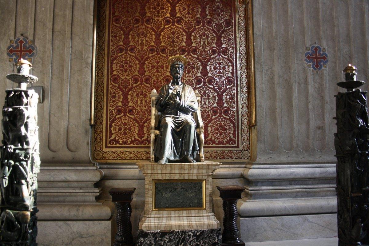 La Statue de St Pierre