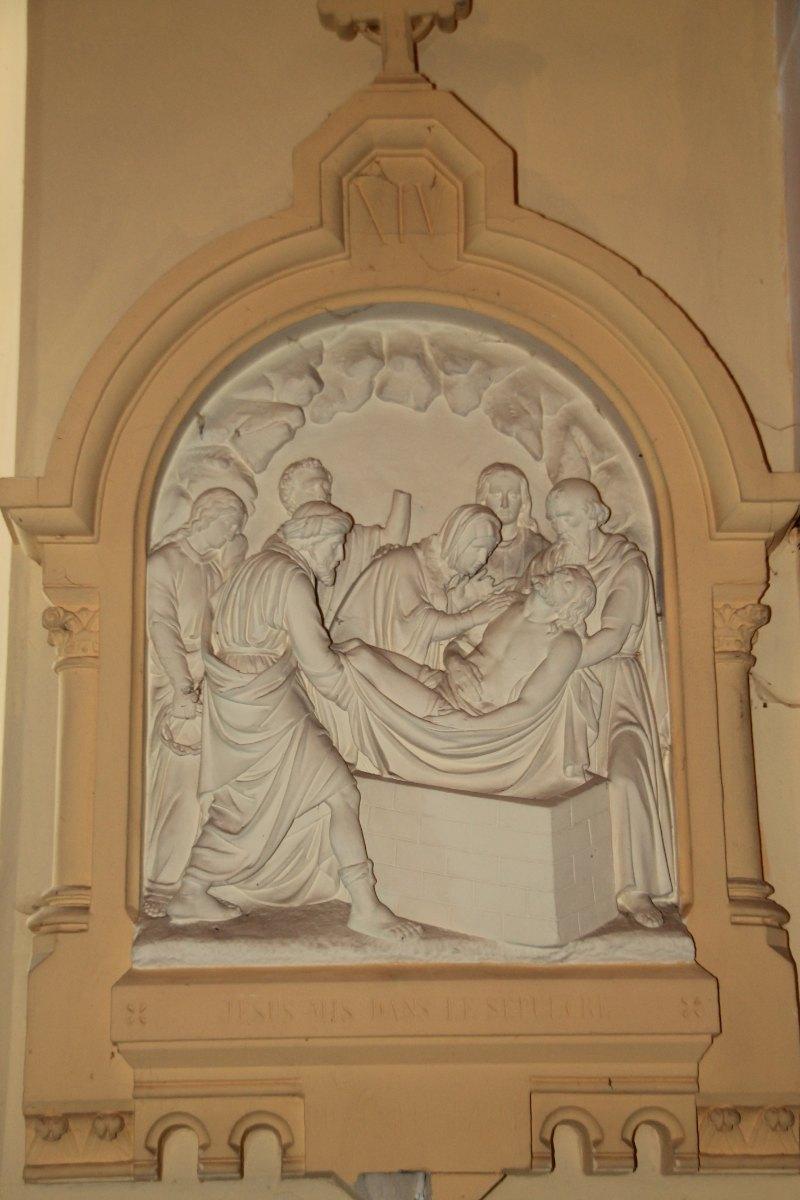 Jésus mis dans le sépulcre