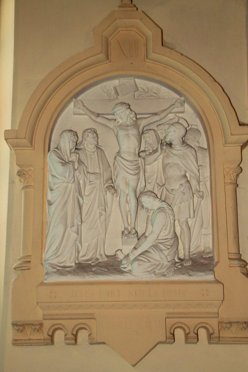 Jésus mort sur la Croix