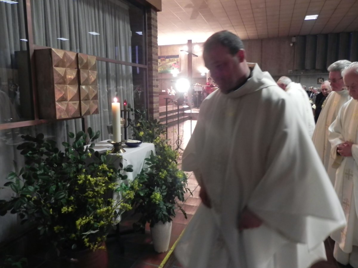 Jeudi Saint 15 en doyenné 53