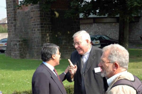 Joseph Rahal accueille Mgr Garnier