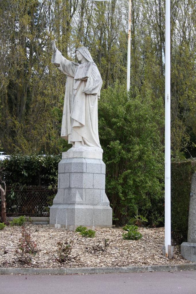 pl Lisieux mars 2012 019 (683x1024)