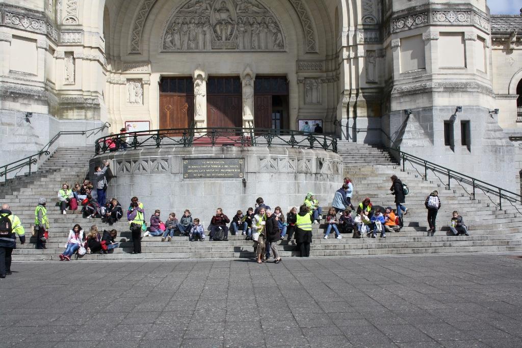 pl Lisieux mars 2012 046 (1024x683)