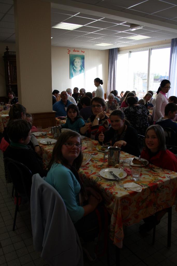 pl Lisieux mars 2012 071 (683x1024)