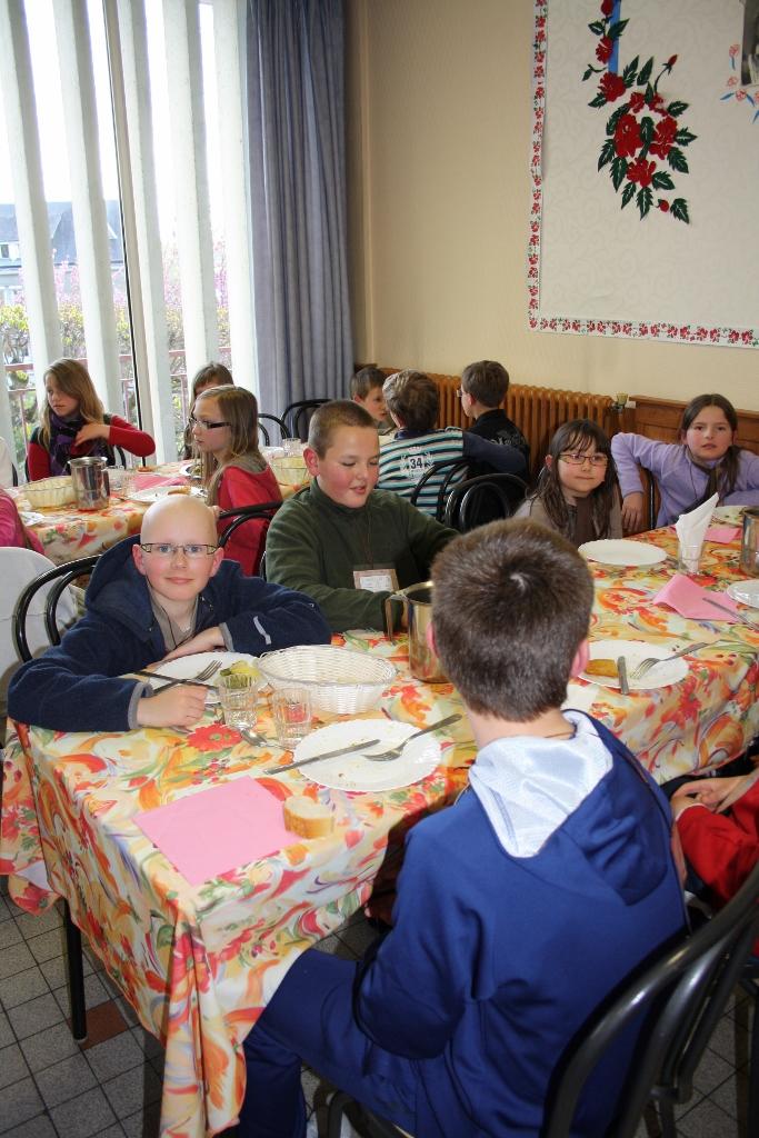 pl Lisieux mars 2012 074 (683x1024)
