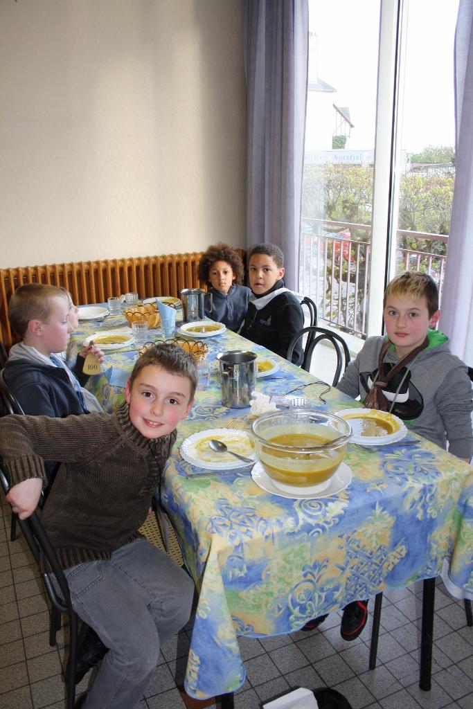 pl Lisieux mars 2012 077 (683x1024)