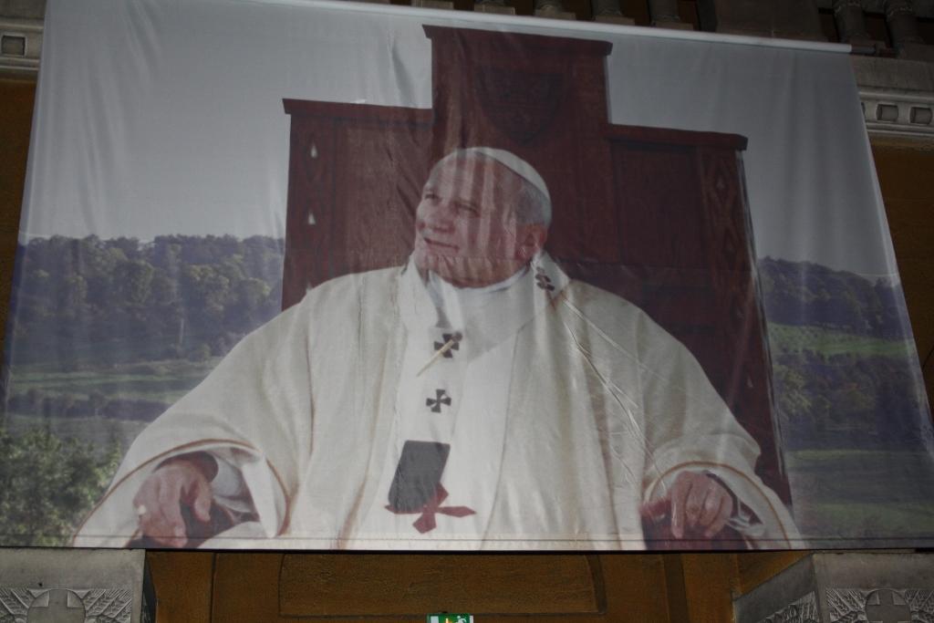 pl Lisieux mars 2012 108 (1024x683)
