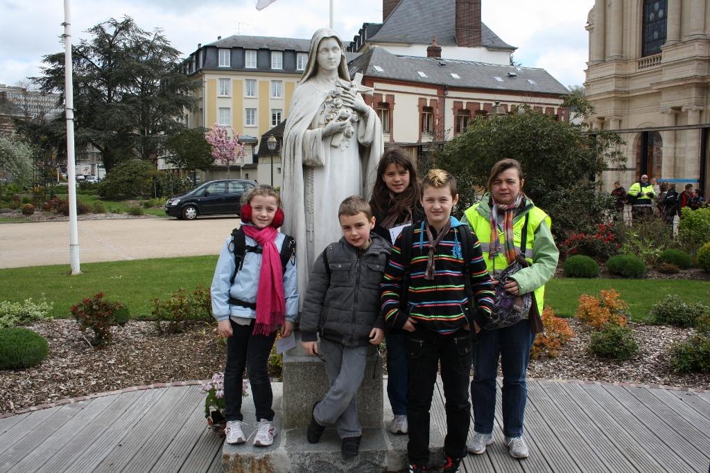 pl Lisieux mars 2012 117 (1024x683)
