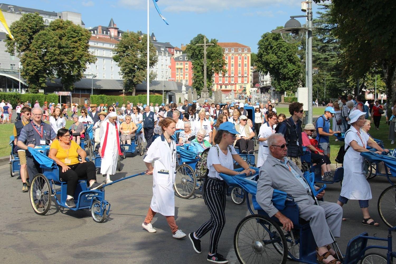Lourdes lundi 20 aout (2) 123
