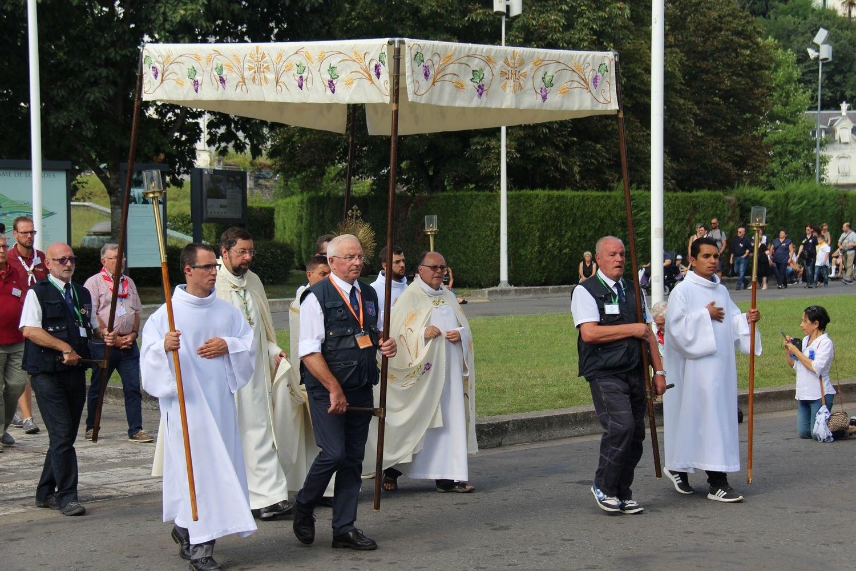 Lourdes lundi 20 aout (2) 150