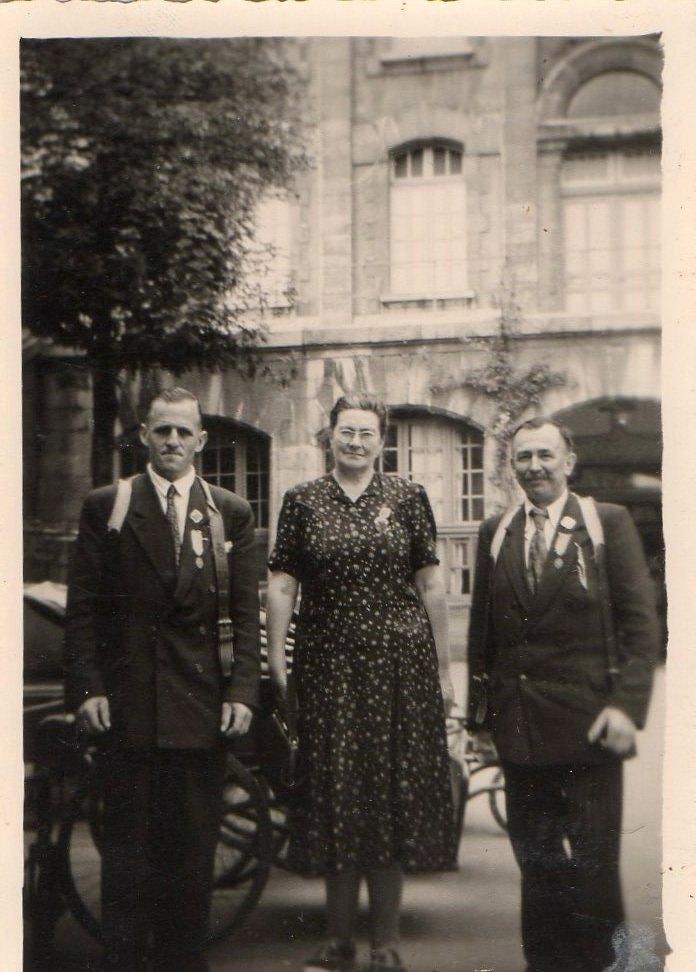 Mr Herbot et ??? Lourdes 1954 (ou 55)