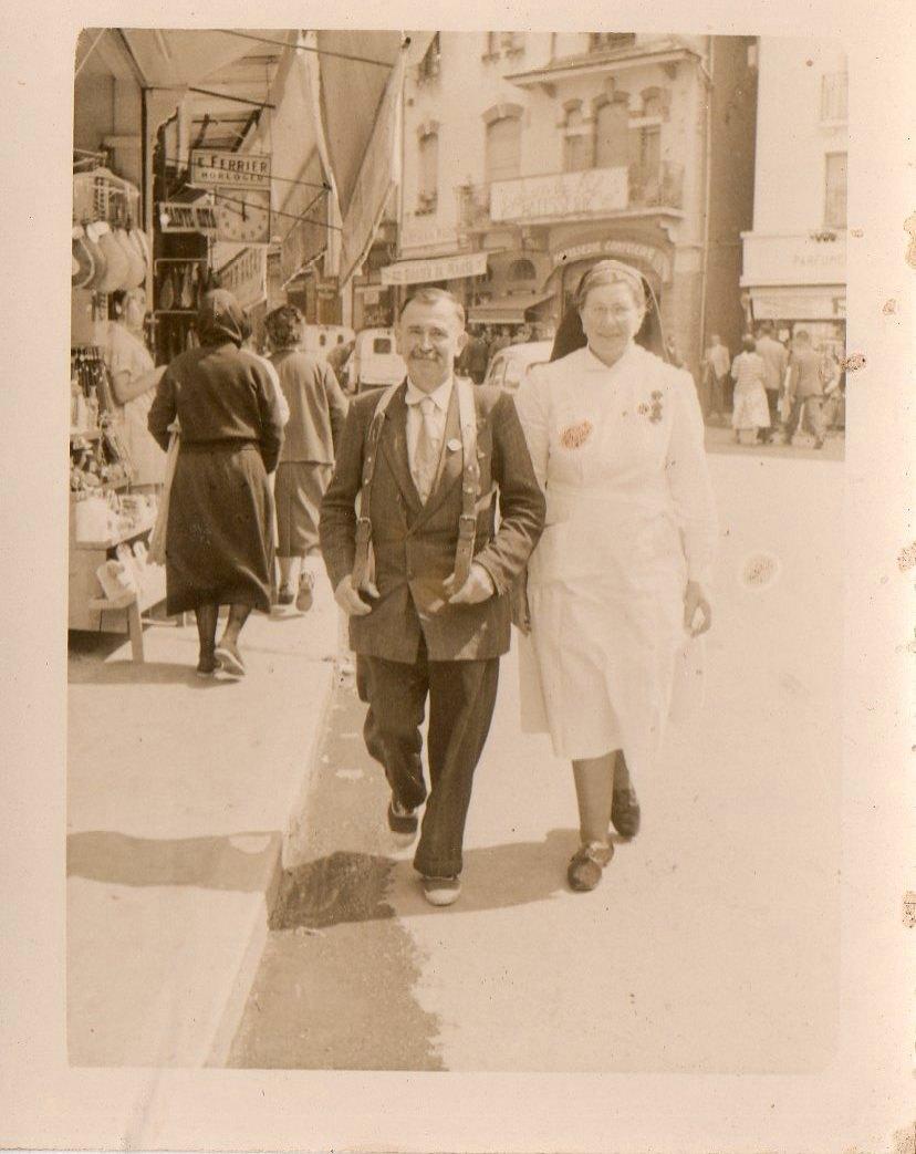 Lourdes 1960 : Mr Cafierry-Sénécail et Madeleine