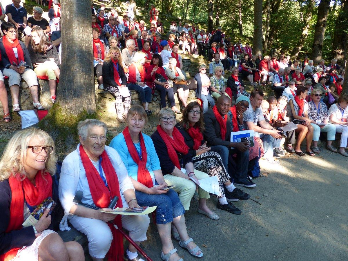 Lourdes2015_messe-cite-saint-pierre 3