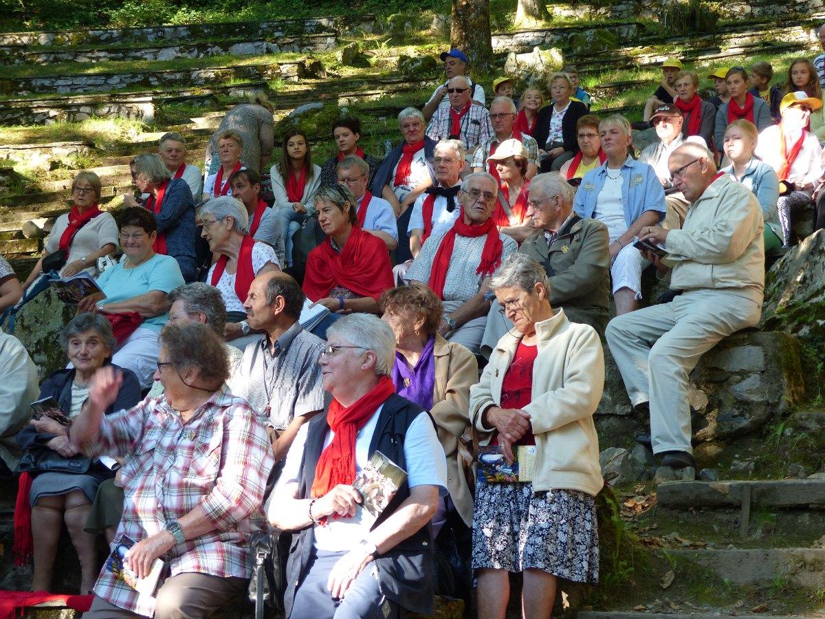 Lourdes2015_messe-cite-saint-pierre 7