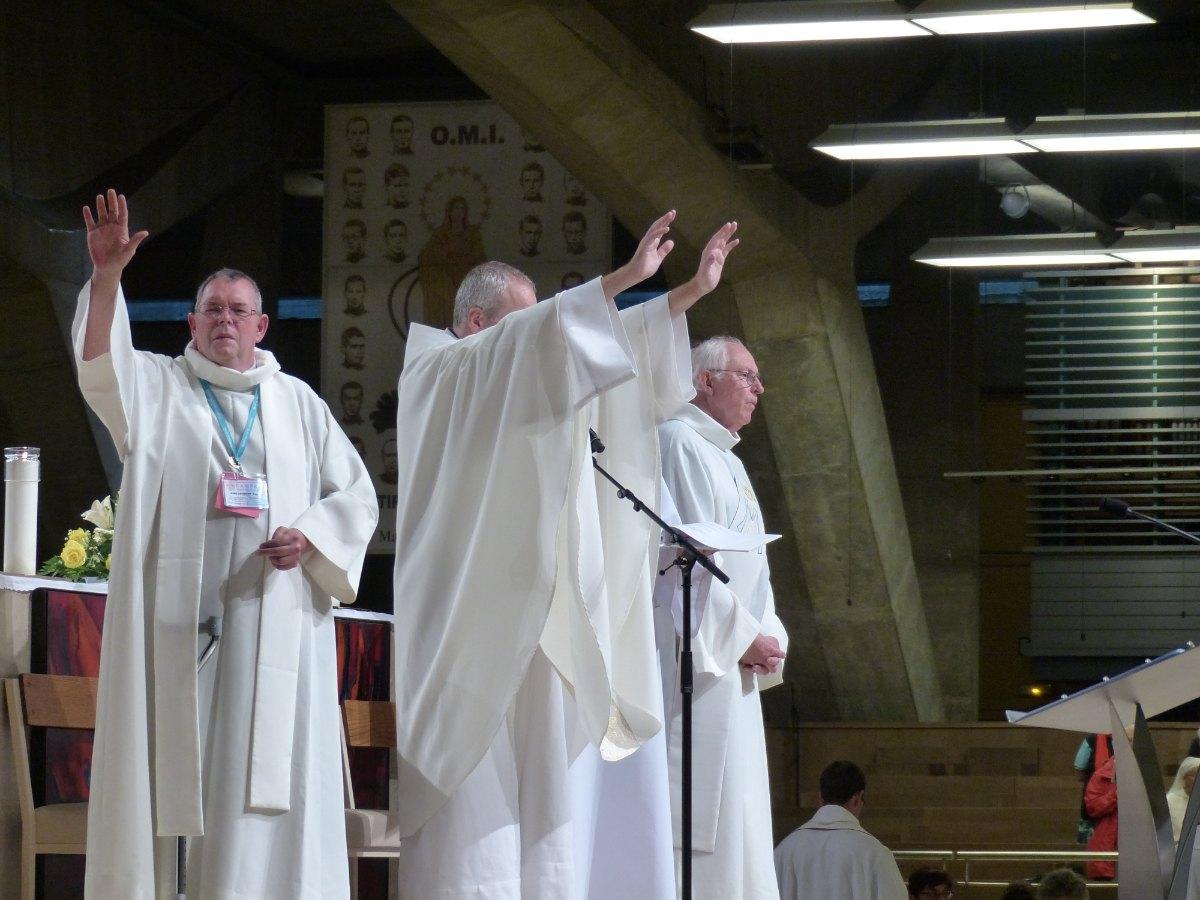 Lourdes2015_sacrement-malades 28