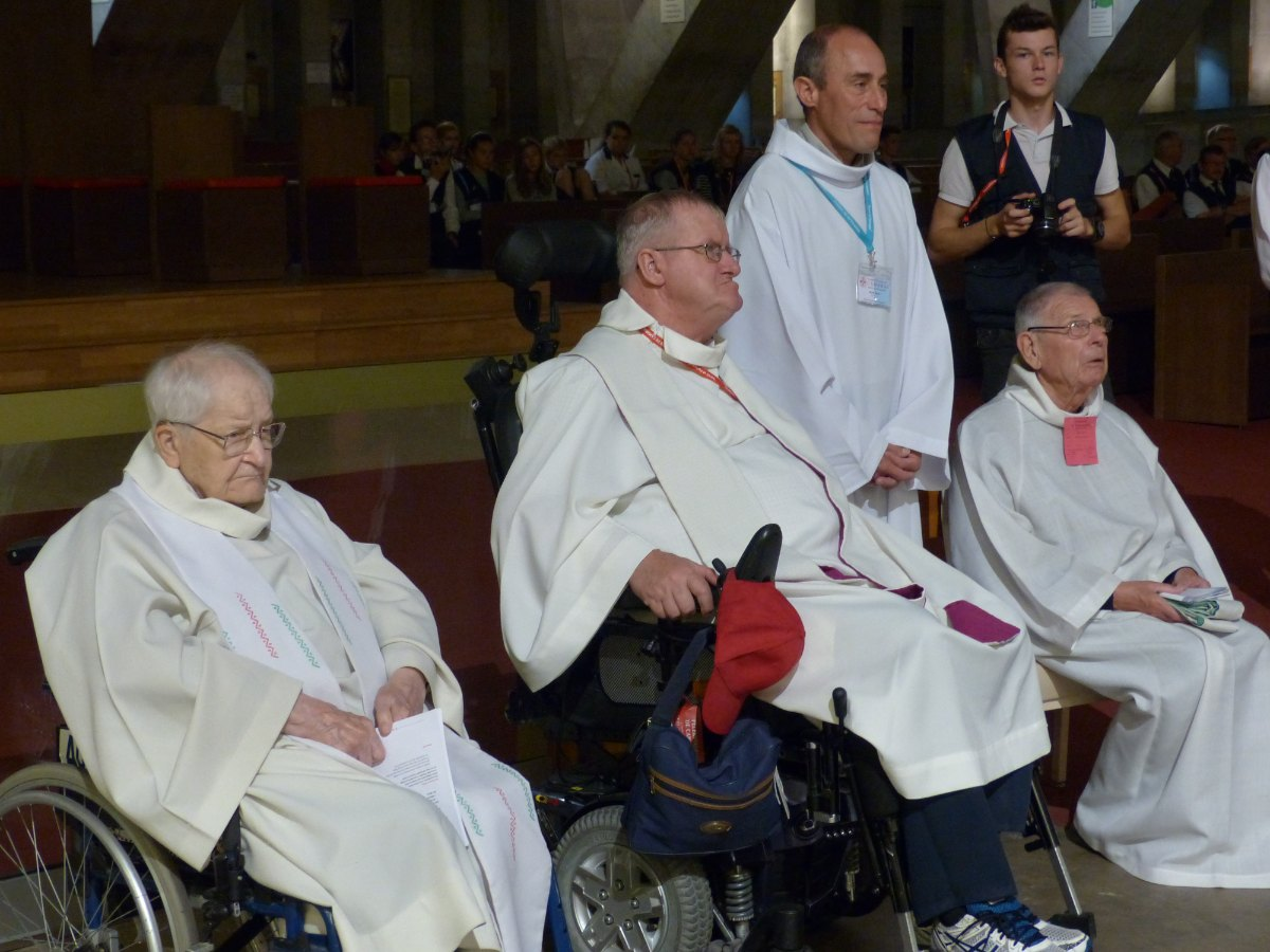 Lourdes2015_sacrement-malades 32